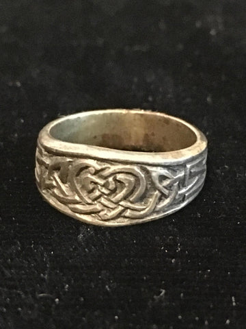 Ring Celtic Knotwork Shaped