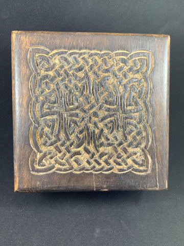 Box Wood with Square Carved Celtic Design