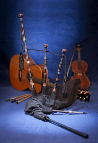 McCallum Folk Pipes (Folk/BW Basic)