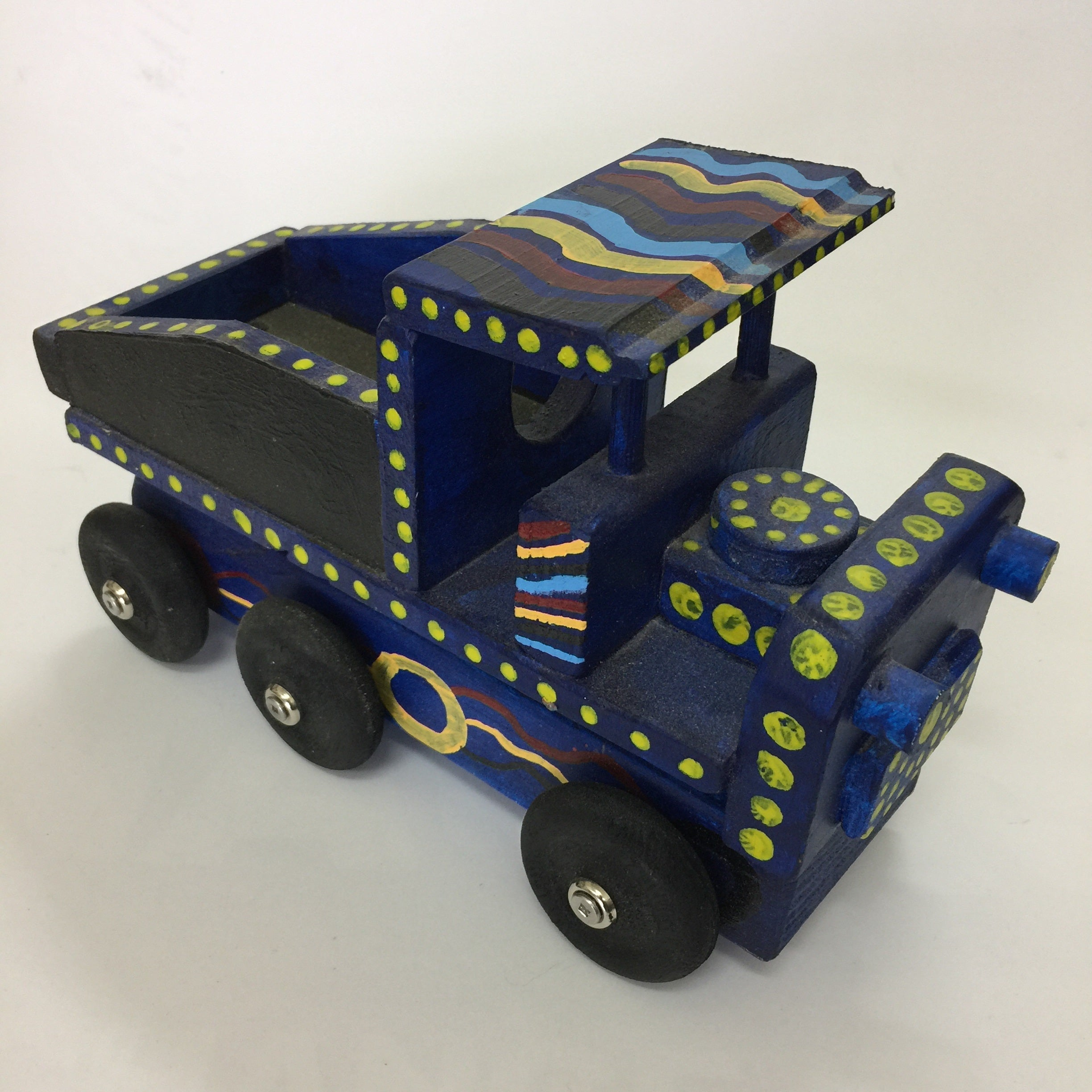 TIPPER TRUCK | Indigenously Decorated