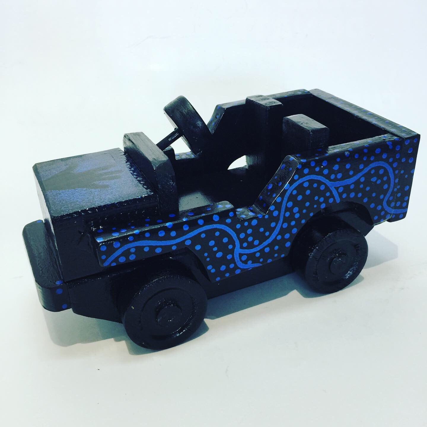 Jeep | Black & Metallic Blue Indigenous Designs