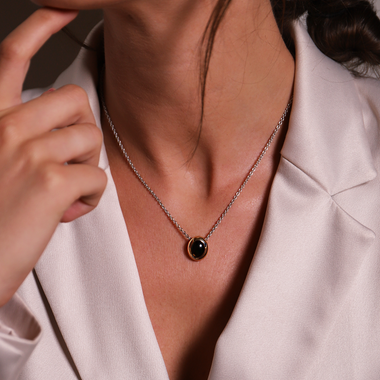 TI SENTO - Milano Necklace 3928TB in use