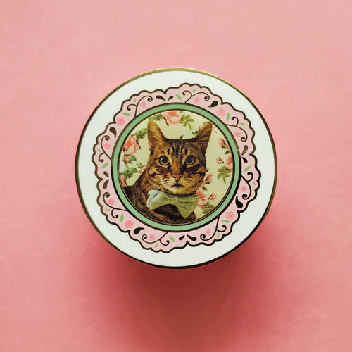Oliver Cat Plate Enamel Pin