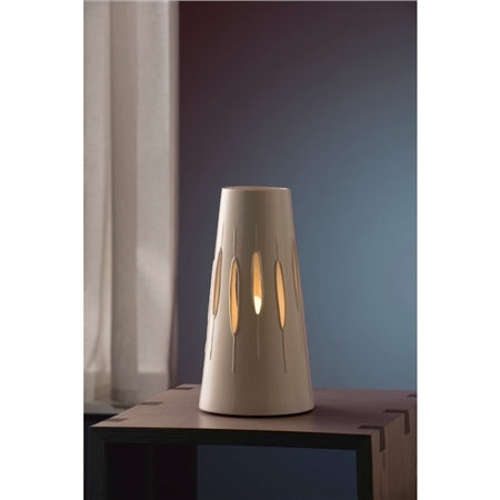 BELLEEK LIVING REEDS LAMP BY WENDY WARD - UK FITTING