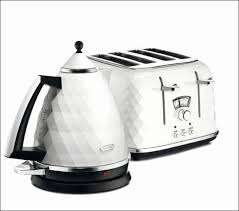 Delonghi Brillante Toaster White