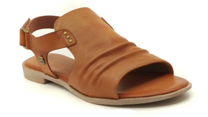 MUSTANG 1388-802 ladies sandals in cognac