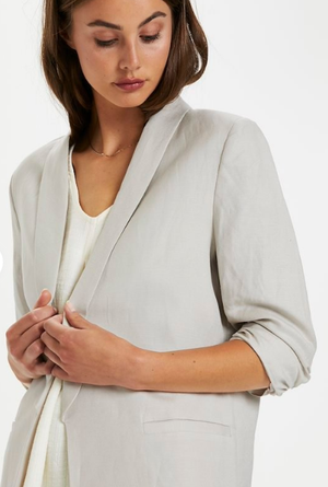 Soaked in Luxury Sun Shirley blazer in whisper white, ladies