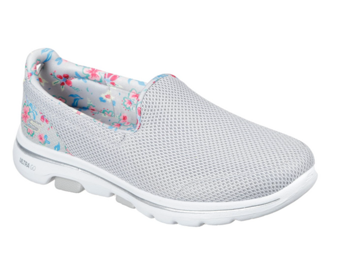 SKECHERS WOMENS PERFORMANCE GO WALK 5 FLOWERY TRAINER- WHITE/MULTI