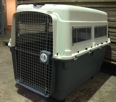 Giant airline approved pet carrier