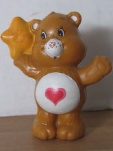 Load image into Gallery viewer, Kenner Care Bears Tenderheart Bear Listening to a Friendly Star Miniature Figurine