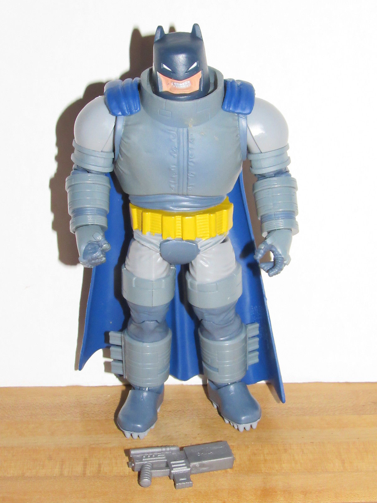 Mattel DC Comics Multiverse Dark Knight Returns Armored Batman