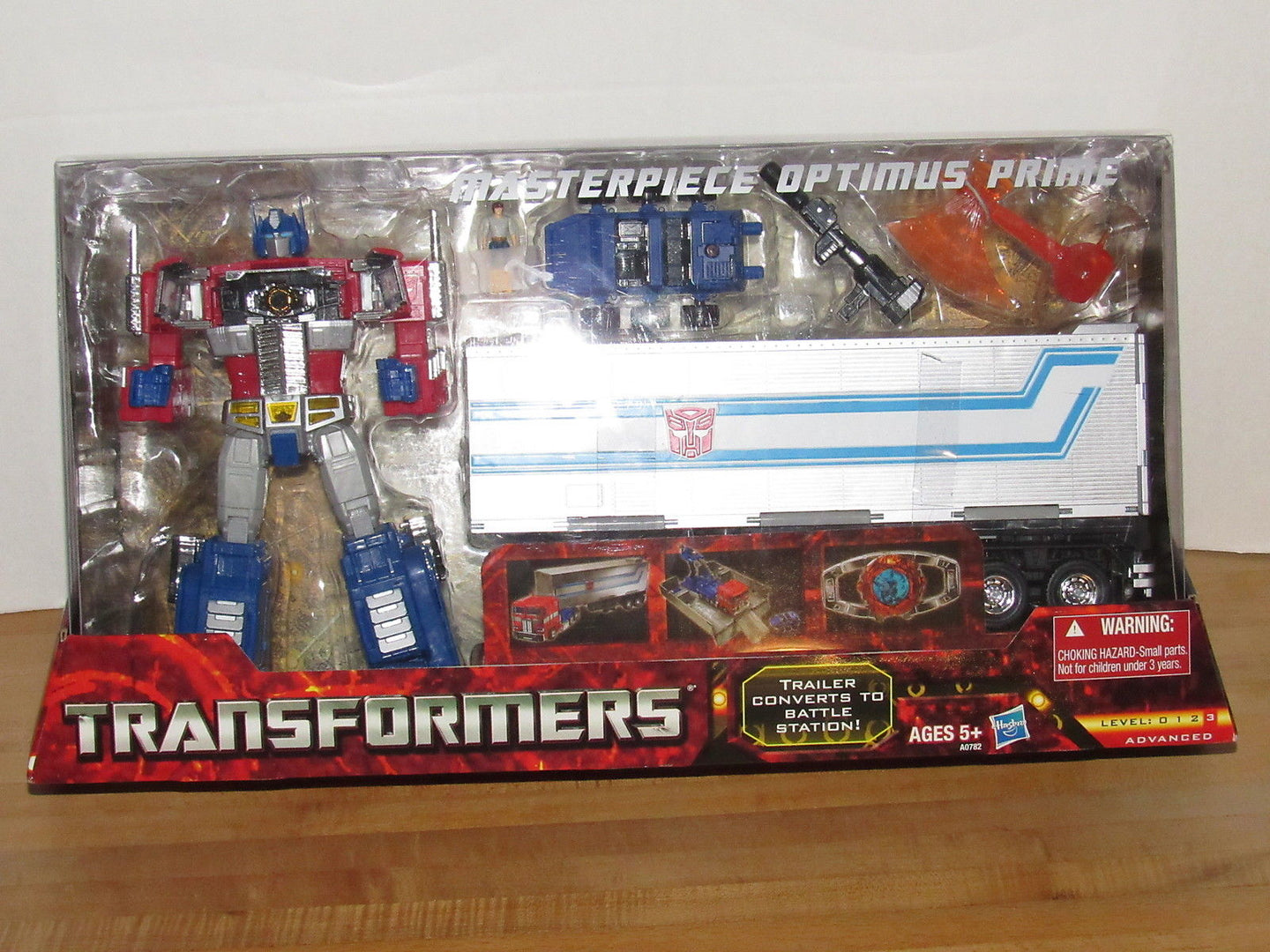 Hasbro Transformers Masterpiece Optimus Prime MP-10 Toys R Us Exclusive