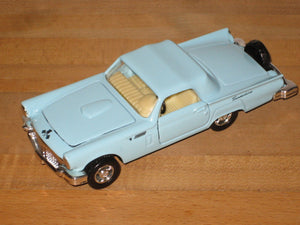 Superior/Sunnyside 1:36 Scale 1956 Ford Thunderbird Diecast Car SS 4302-3