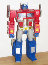 Load image into Gallery viewer, Hasbro Transformers Masterpiece Optimus Prime MP-10 Toys R Us Exclusive