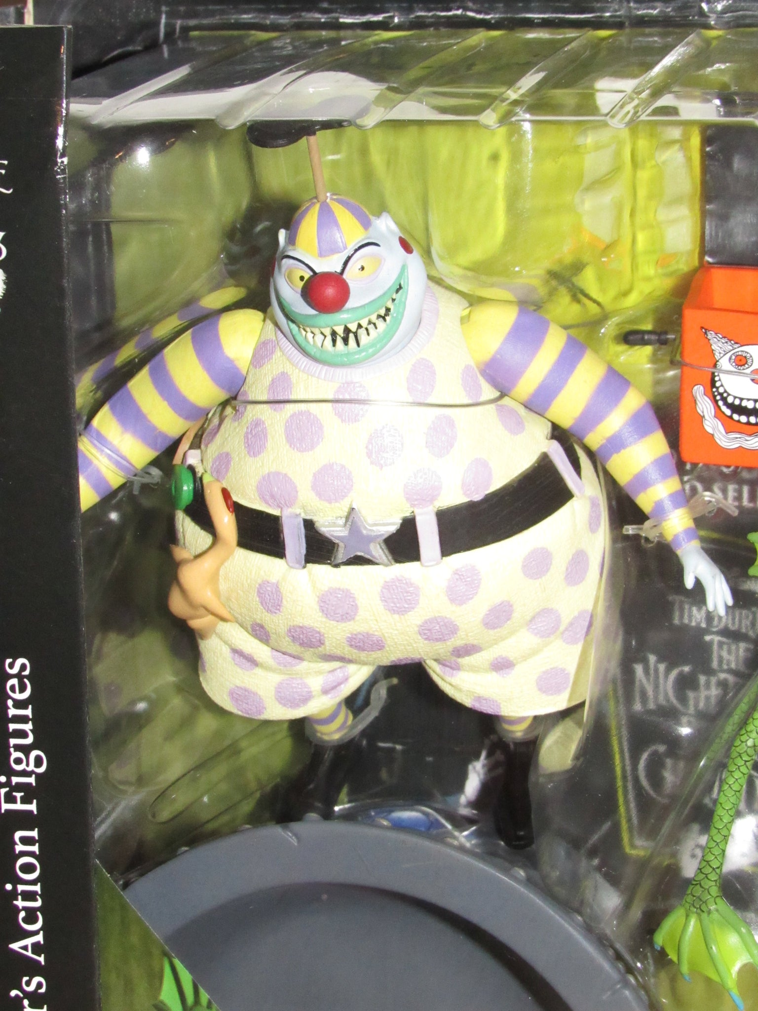 Nightmare Before Christmas Clown With A Tear Away Face.Diamond Select Nightmare Before Christmas Clown With The