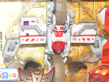 Load image into Gallery viewer, Transformers Revenge of the Fallen Shanghai Showdown Skids & Mudflap Vs. Demolishor Toys R Us