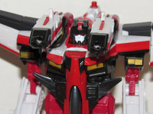 Load image into Gallery viewer, Takara Transformers Micron Legend MD-02 Starscream & Swindle