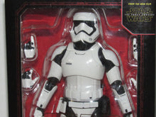 Load image into Gallery viewer, Bandai S.H.Figuarts Star Wars The Force Awakens First Order Stormtrooper