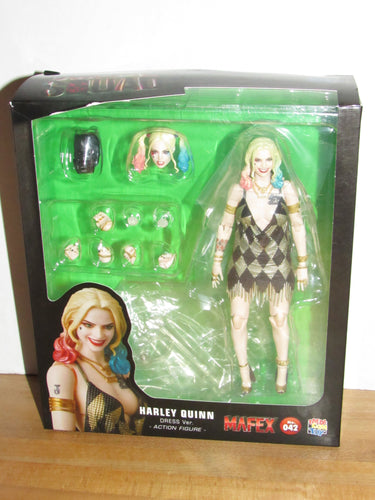 Medicom Mafex 042 Suicide Squad Harley Quinn (Dress Version)