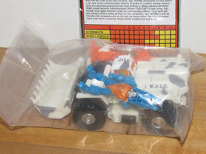 Transformers BotCon 2015 Cybertron's Most Wanted G2 Sgt. Hound