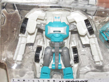 Load image into Gallery viewer, Transformers Generations Legends Tailgate w/ Groundbuster