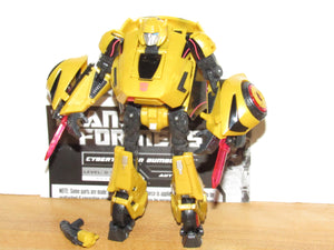 Transformers Generations Deluxe Class Cybertronian Bumblebee (War for Cybertron)