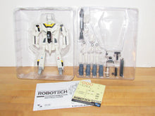 Load image into Gallery viewer, Toynami Robotech 30th Anniversary 1/100 Scale Roy Fokker's VF-1S