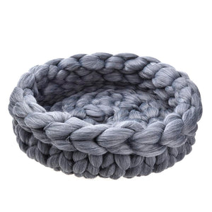 Giant Wool Knit Pet Bed