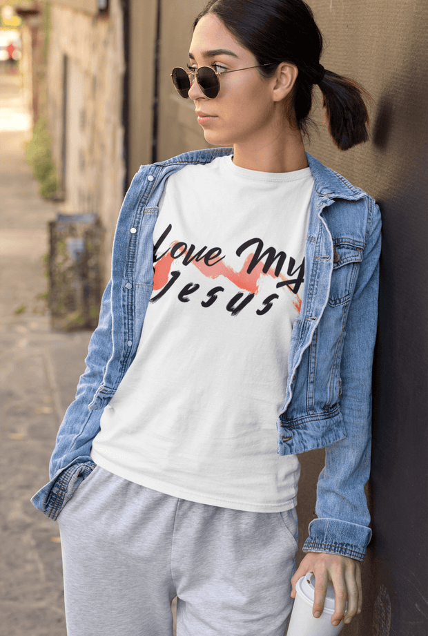 Love My Jesus Women's T-Shirt