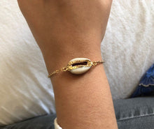Load image into Gallery viewer, Cowrie Shell Bracelet - Modern Hippi