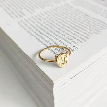 Load image into Gallery viewer, Crescent Moon Vermeil Gold Ring