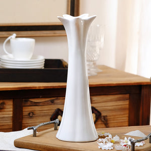 Modern Stylish Flower Plant Ceramic Vase (White) - HomDecors