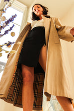 Load image into Gallery viewer, Burberry Trench