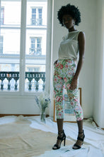 Load image into Gallery viewer, Cacharel Floral Short Pant