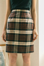 Load image into Gallery viewer, Tartan Silk Skirt