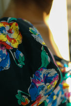 Load image into Gallery viewer, Silk Floral Wrap Top