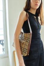 Load image into Gallery viewer, Burberry Bag