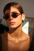 Load image into Gallery viewer, Moschino Sunglasses
