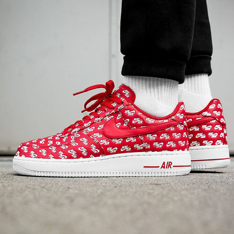 Tênis Nike Air Force 1 AF1 07 QS