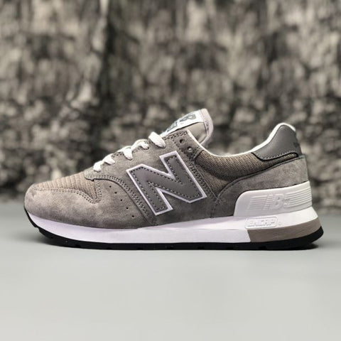 Tênis NEW BALANCE NB995