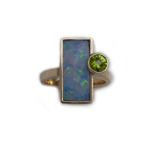 Opal doublet inlay ring with peridot in 14K TT gold