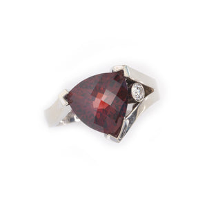 Red garnet trillion ring with diamond 14K WG