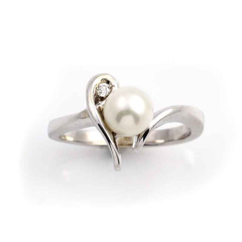 fresh water pearl diamond ring 14K wg
