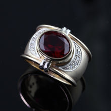 Load image into Gallery viewer, garnet diamond antique ring in 14K TT gold
