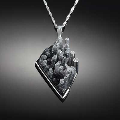 Black Dursy Diamond Pendant