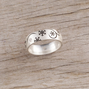 snowflake ring with crystals sterling silver snowflake ring