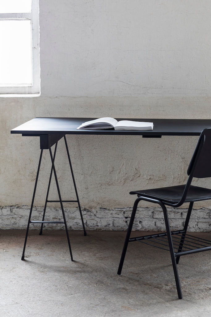 TABLE STUDIO SIMPLE NOIR 150X75