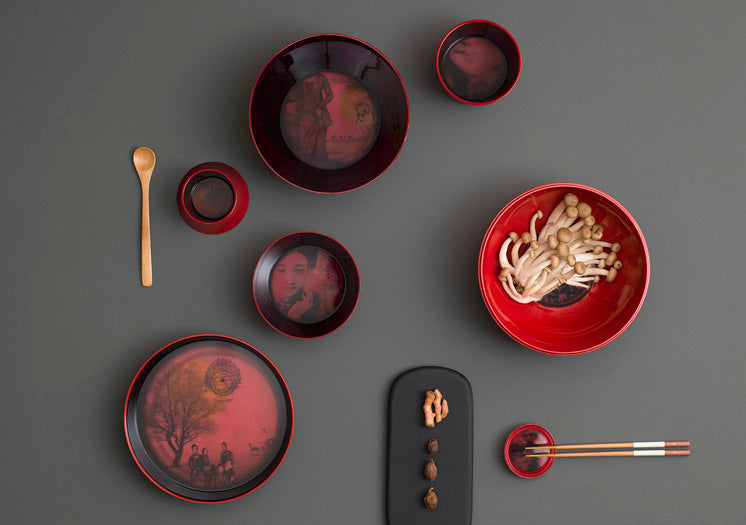 "SERVICE DE TABLE EMPILABLE ""MING CHINA RED"" 