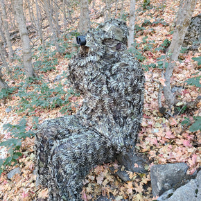Mossy Oak Original Bottomland 3D Leafy Camo Ghillie Suit with Binoculars