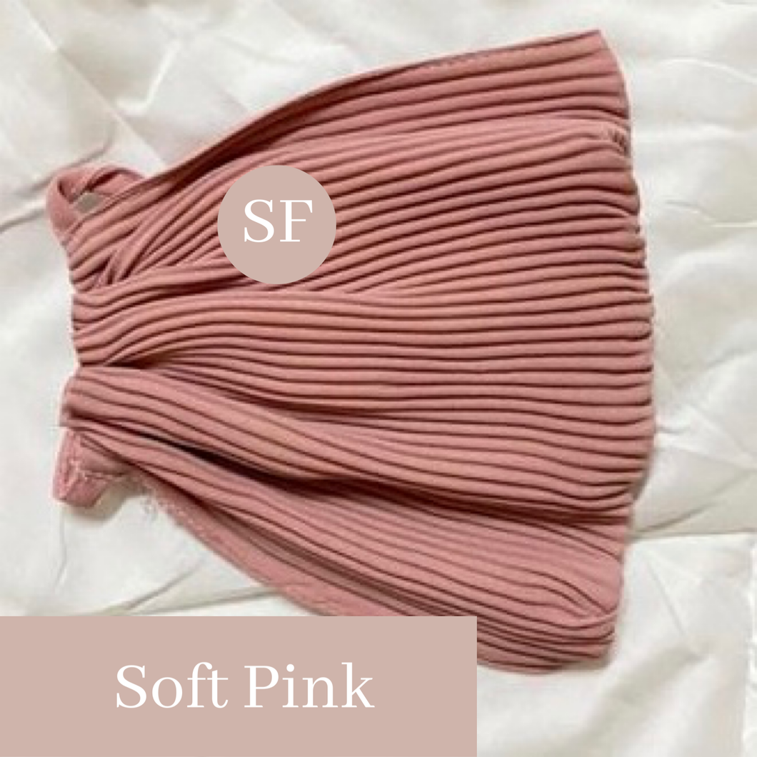 THE PLEATS MASK IN SOFT PINK